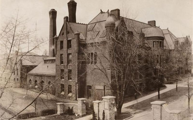 A photo of what is currently Kunkle Lounge circa 1910