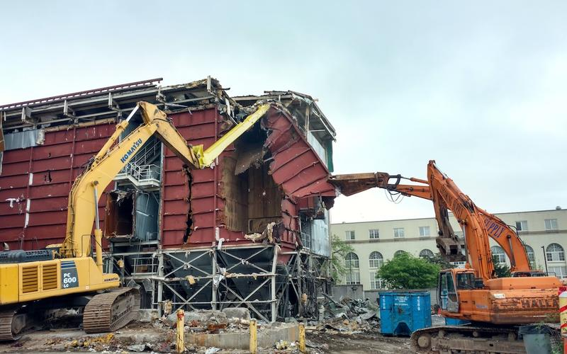 Demolition of baghouse - May 2017