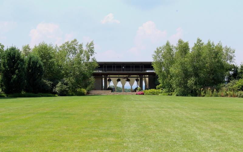Outlook Pavilion at Arboretum