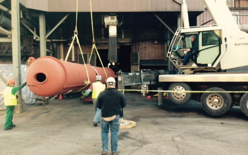 Steam drum for new gas facility rolling into the facility